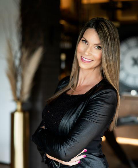 Maya Vander