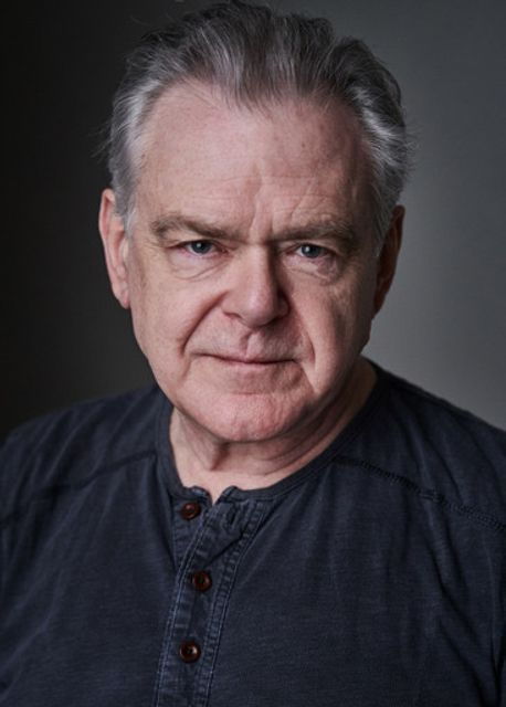 Kevin R McNally